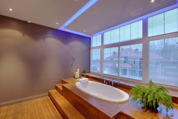 led strip bathroom